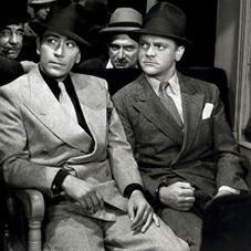 1920~1930年代のアメリカってのは、禁酒法と大恐慌の時代じゃが、1950年代とはまた違った意味でアメリカ人の心の中に深~く刻み込まれておる古き良き時代なんじゃ。